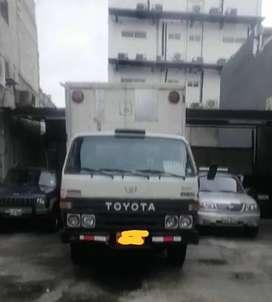 Vendo Camion Toyota Dyna 95 con placa de alquiler