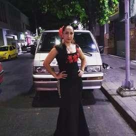 Yuri y su mariachi show