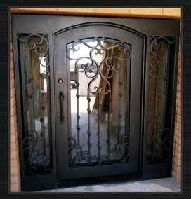 Puertas y ventanas metálicas. Cerrajería en general