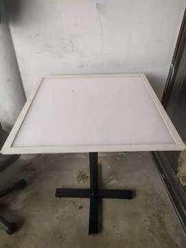 Mesas en policarbonato de alta densidad