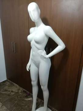Maniquí mujer