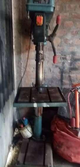 Taladro mecánico
