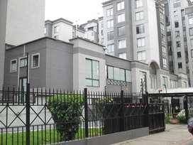 AMPLIO E ILUMINADO apartamento en el mejor sector, zona de gran valorización, con amplias zonas verdes / agendar cita