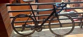 Bicicleta GW veleta de ruta  esta como nueva para estrenar