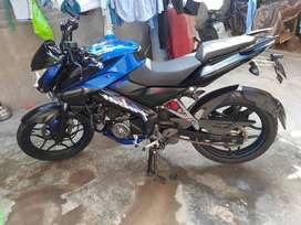 Moto Pulzar 160 ns
