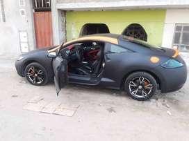 Lindo auto deportivo modelo eclipse mitsubishi
