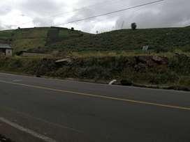 Terreno plano 3500 m2 frente a av. Principal a santa Lucía Tisaleo