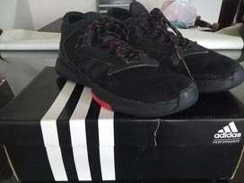 Vendo zapatillas de básquet marca adidas