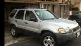 Se vende o se cambia Ford escape 3002