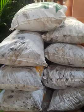 Carbón vegetal por bulto 25 kg.