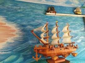 Barco artesanal en madera
