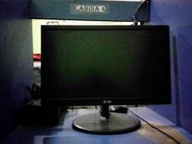 Se vende monitores de computadora