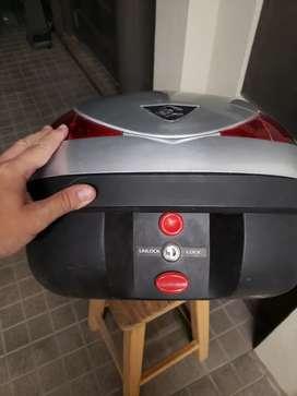 Portaequipaje Baul Moto Coocase Fusión 36 Litros