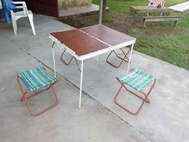 Mesa de camping valija plegable