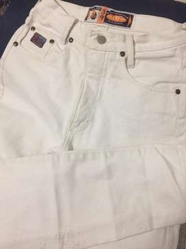 Jeans blanco tiro alto