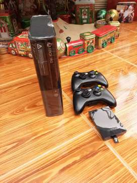 Xbox 360 super Slim disco de 250 GB chipiado