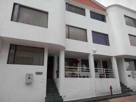 Casa de venta 4 dormitorios, sector norte, Einstein - U. Sek - Hosp. San Francisco