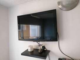 Telvisor samsung de 32 pulgadas con base