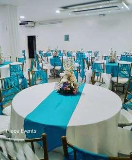 Salón de eventos cerca del parque samanes decoración buffet