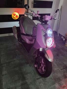 Se vende moto personaliza y repontezialozada rosada