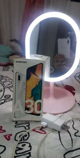 Se vende Samsung Galaxy A30 de 64gb en buen estado 10/10