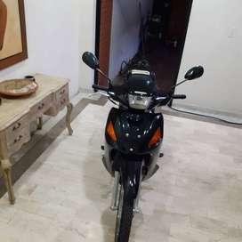 Venta de moto Honda wave 110 con seguro y tecnomecanica