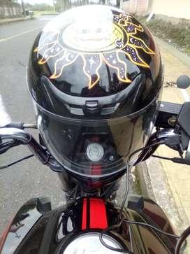 Busco trabajo en la ciudad del puyo o sus alrededores  dispongo de moto