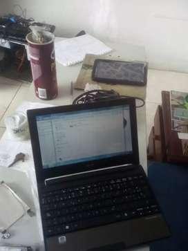 Portátil acer one aspire todo Ok RAM 2gb disco duró 160gb batería dura 4horas cargador gratis mouse