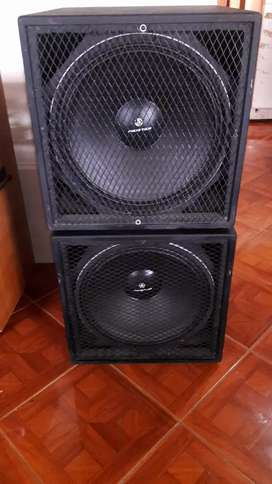 Vendo 2 Sub bajos audio tech