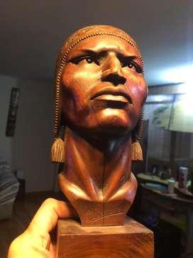 Venta de esculturas en madera