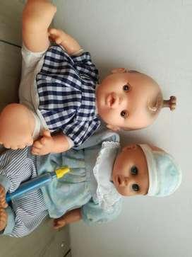 Se vende dos muñecas para niña en PROMOCIÓN