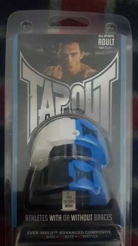 2 Bucales tapout