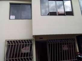 Se vende casa en urbanización Los Almendros Dosquebradas $155'000.000,00 negociables