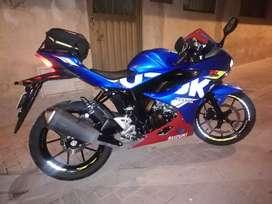 Motocicleta GsxR150 mod. 2019