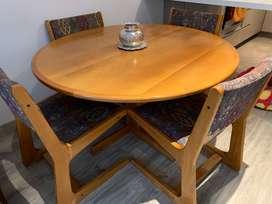 muebles varios de sala-comedor en madera de artesano usados