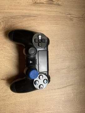 Control de playstation 4 segunda generacion, como nuevo