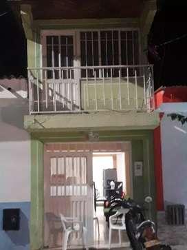 Se vende casa de 2 pisos escrituras al día. En el centro de Teruel