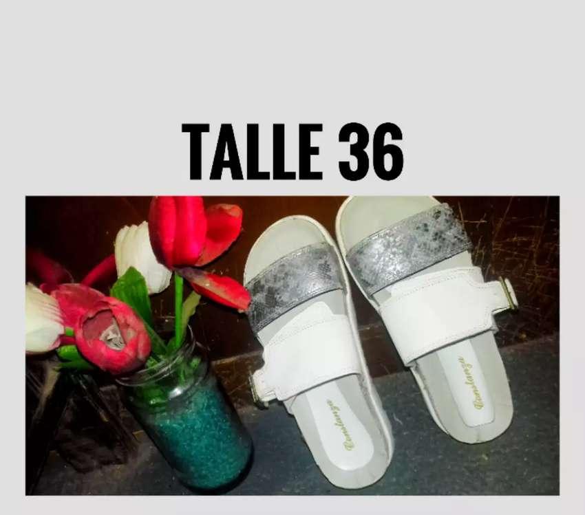 Sandalias de mujer 0