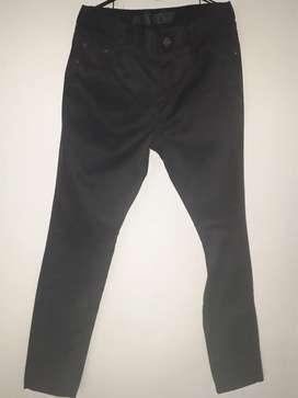 Jeans  hombre color azul oscuro talla 34