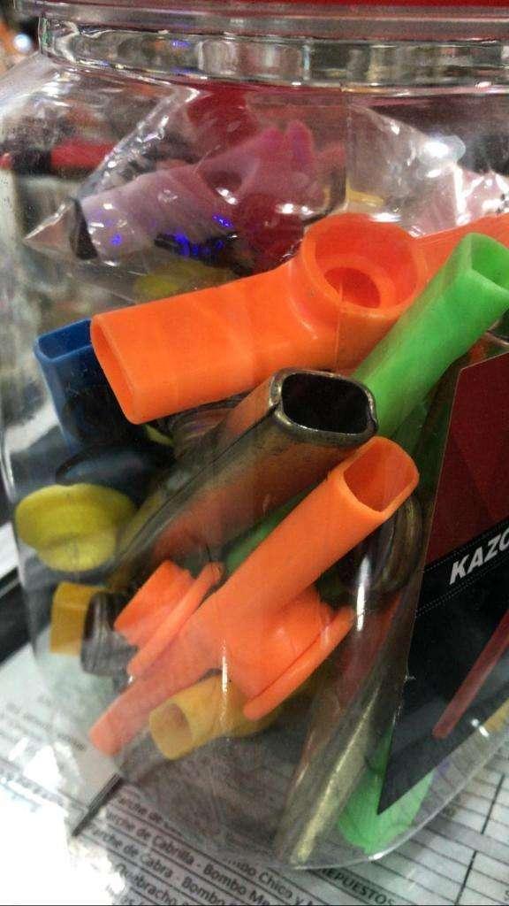 Kazoo juguete 0