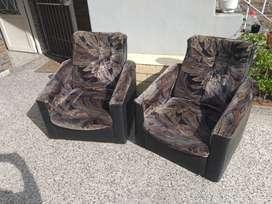Vendo 2 sillones de pana con apoya brazos