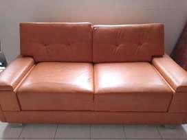 Vendo sofa y pufss