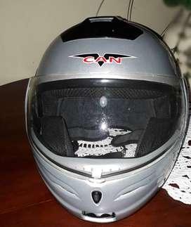Vendo casco para moto marca VCAN