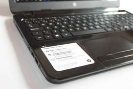 Portatil USADO Hp 15 , Procesador AMD A4 - Cuad Core