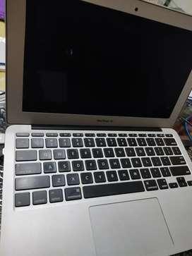 Portatil Macbook Air 11