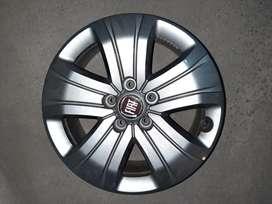 Fiat Toro 2020.  Llanta de aleación. Originales. Escucho ofertas