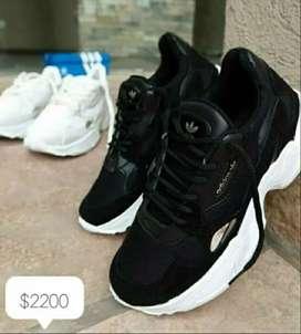 Vendo calzado entrega inmediata