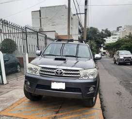 Fortuner SRV Impecable - 2011