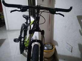 Venta de bicicleta marca DTFlY