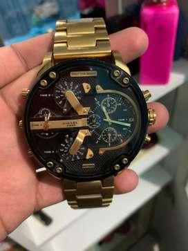 Vendo reloj Diesel Flamante